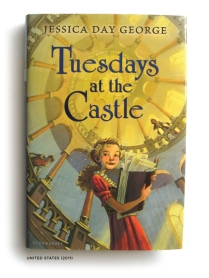book_tuesdays-at-the-castle_01